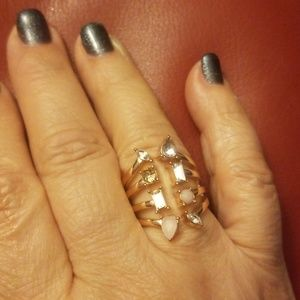 Jewelry - Fashion ring, size 8